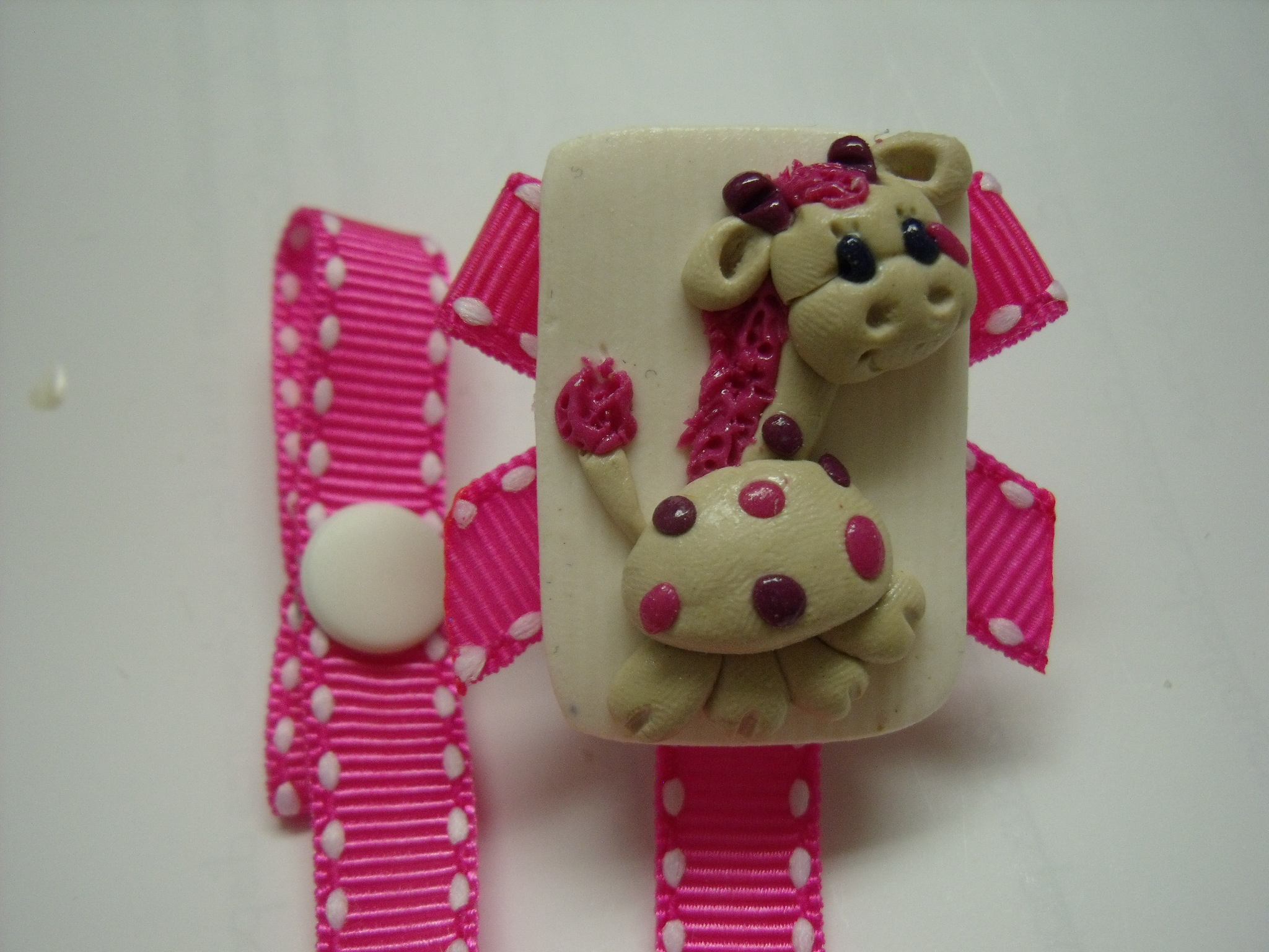 *GIRAFFE* pink ribbon - Click Image to Close