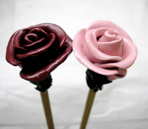 *ROSES* on bamboo knitting needles