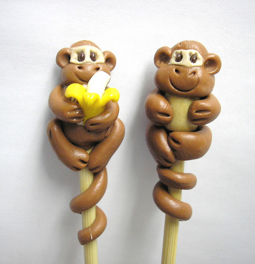 *MONKEYS* on bamboo knitting needles