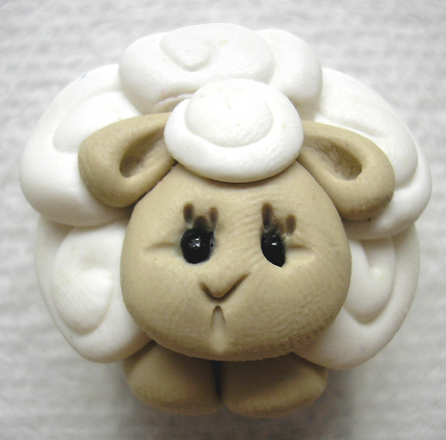 *WHITE SHEEP* magnet