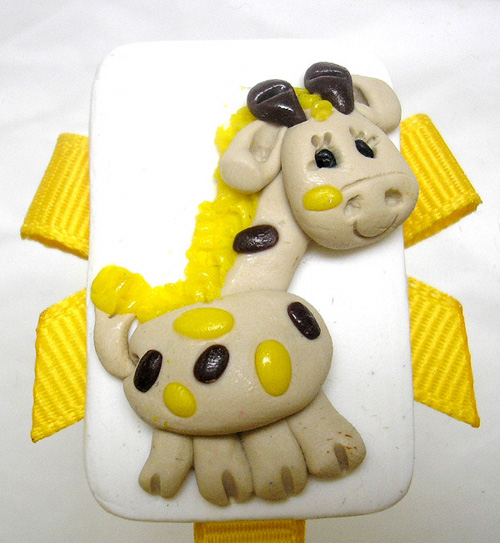 *GIRAFFE* pacifier holder, yellow ribbon