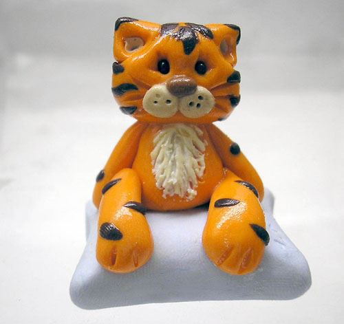 *LITTLE TIGER* figurine