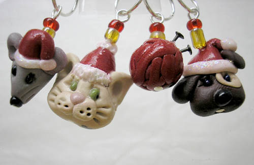 *CHRISTMAS KNITTING FRIENDS* stitch markers (set of 4 )